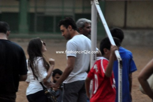 Aamir Khan Snapped Playing Soccer With His Daughter Ira Family
