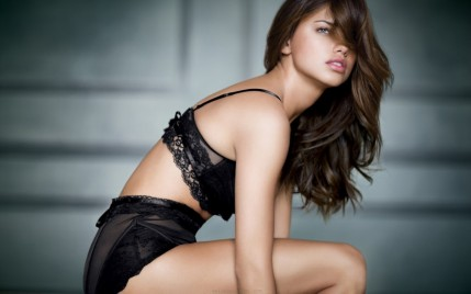 Adriana Lima New Hot Hd Wallpaper