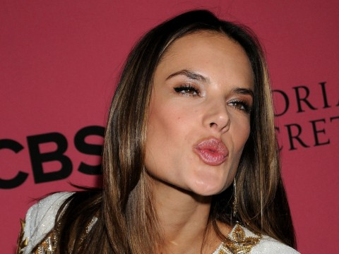 Alessandra Ambrosio At Vicotrias Sectret Show Movies