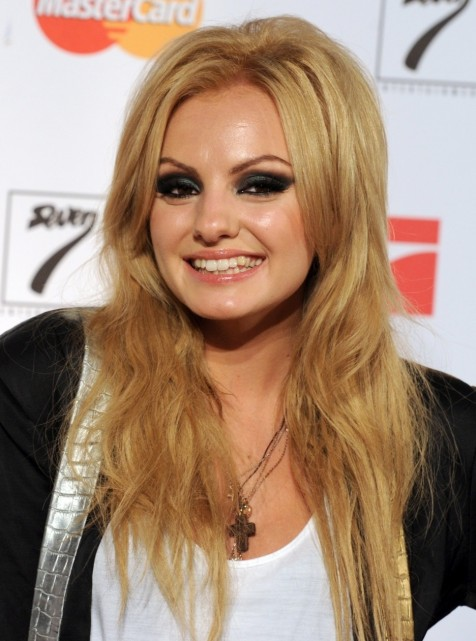 Alexandra Stan Smile Hd Wallpapers Alexandra Stan