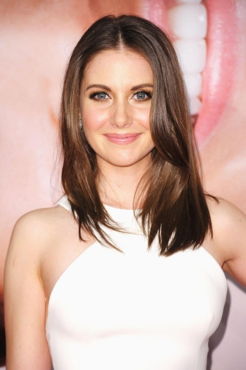 Alison Brie Haircuts