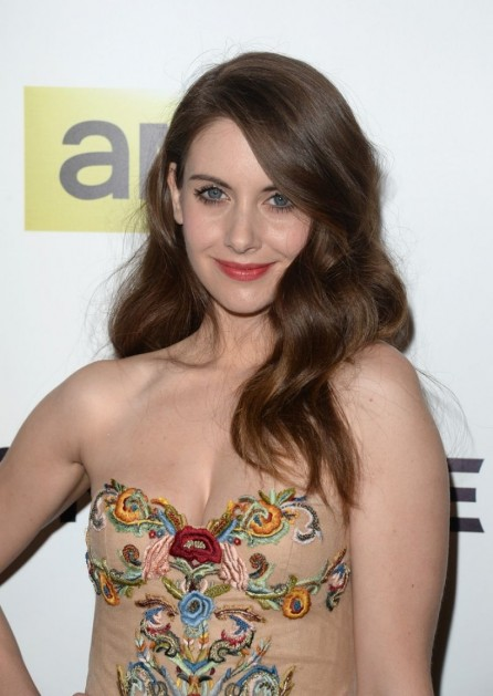 Alison Brie Mad Men Tv Series Season Premiere In Hollywood Alison Brie
