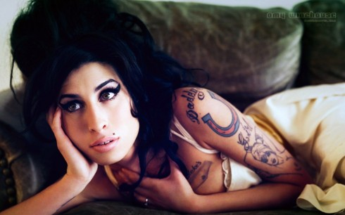 Amy Winehouse Before She Was Famous Wallpaper Amy Winehouse