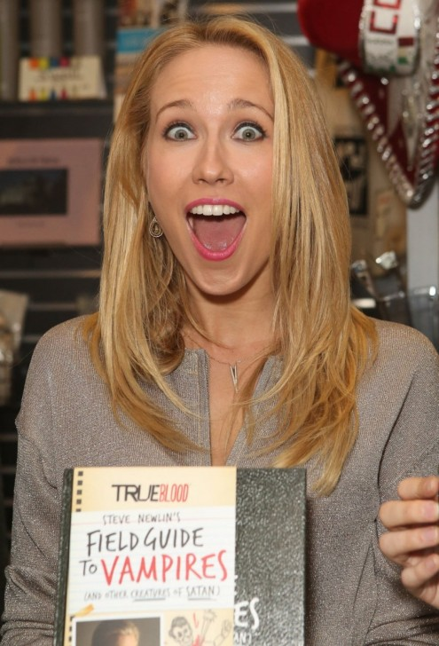 Anna Camp At Steve Newlin Field Guide To Vampires Signing In Hollywood