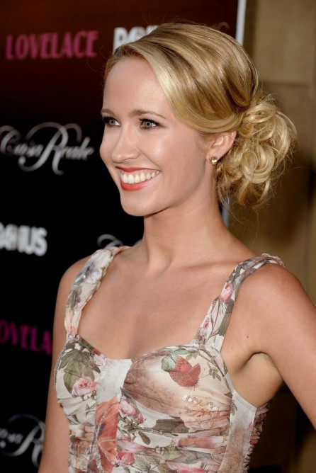 Anna Camp Lovelace Premiere In Hollywood