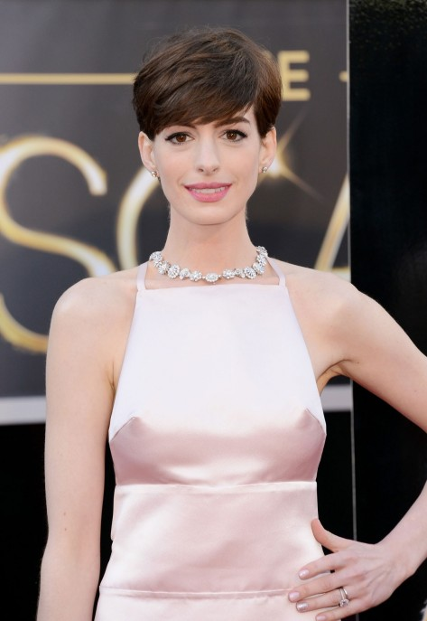Anne Hathaway At Th Annual Academy Awards At The Dolby Theatre In Hollywood