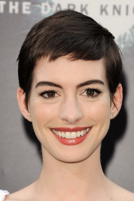 New Anne Hathaway Photo