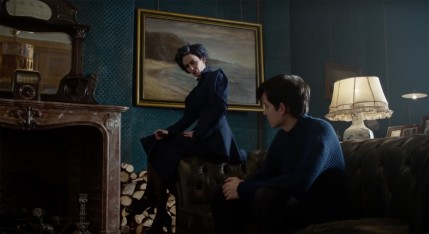 Eva Green And Asa Butterfield In Miss Peregrines Home For Peculiar Children Asa Butterfield