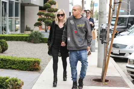 As Ee Simpson And Evan Ross Go To Shopping In Los Angeles