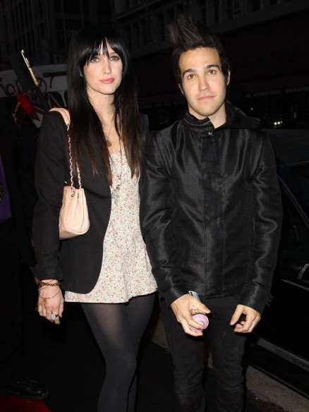 As Ee Simpson And Pete Wentz Arrive At An Event And Pete Wentz