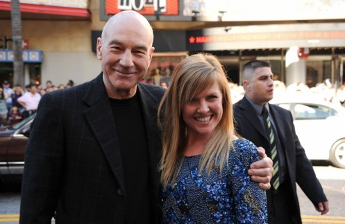 Patrick Stewart And Ashley Jensen In Gnomeo Si Julieta Large Picture Accidentally On Purpose