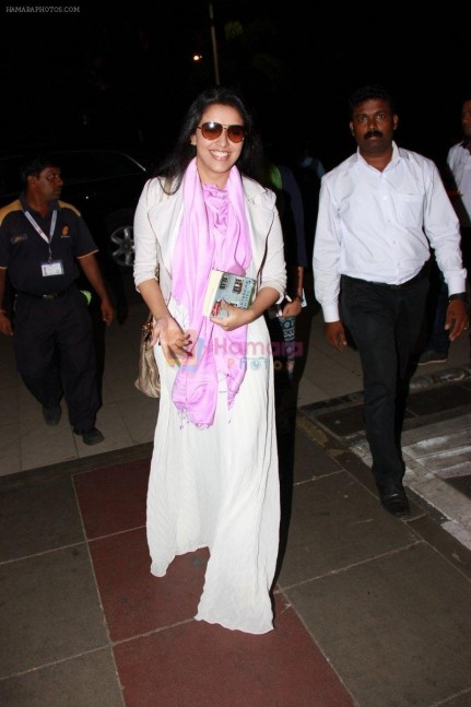 Hpse Fullsize Asin Thottumkal Snapped At Domestic Airport On Th Oct Db  Asin Thottumkal