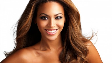 Beyonce Knowles Closeup Hot