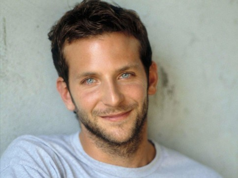 Bradley Cooper Blue Eyes Wallpaper Wallpaper
