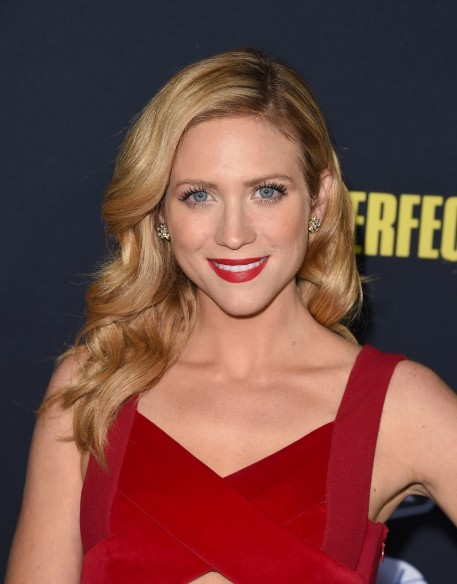 Beauty Pitch Perfect Wavy Hair Inspiration Brittany Snow Main Brittany Snow