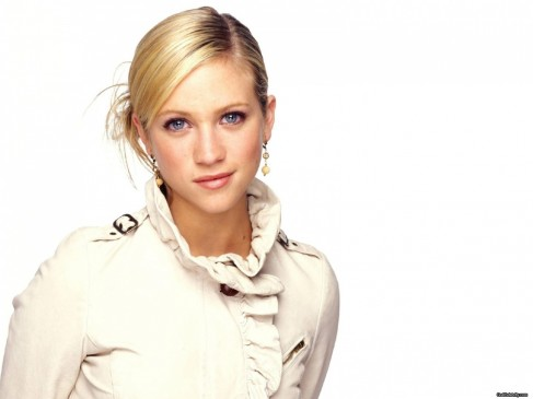 Brittany Snow Wallpaper Normal Tv