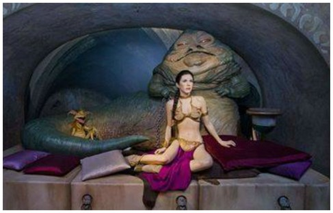 Carrie Fisher Share Image With Wax Replica Of Star Wars Character Jabba The Hutt Carrie Fisher