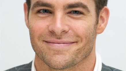 Hd Wallpapers Download Chris Pine Celebrities Male Wallpaper Picture Wallpaper