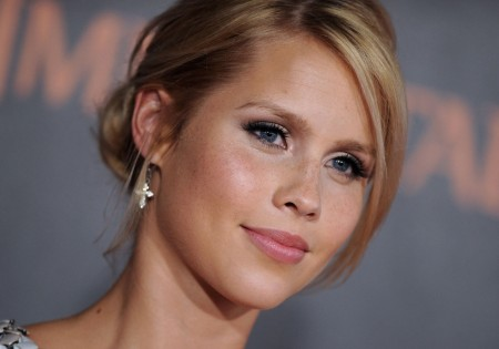 Beautiful Claire Holt Face Hd Wallpapers Claire Holt