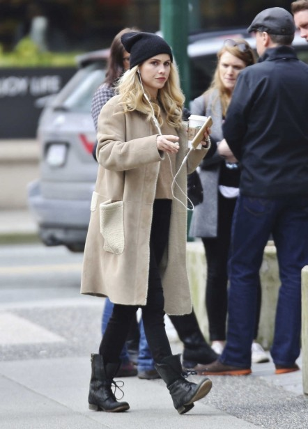 Claire Holt Gets Starbucks In Vancouver Claire Holt