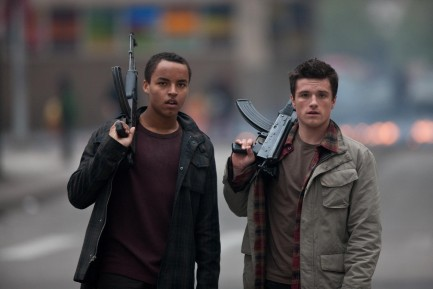 Picture Of Josh Hutcherson And Connor Cruise In Red Dawn Large Picture
