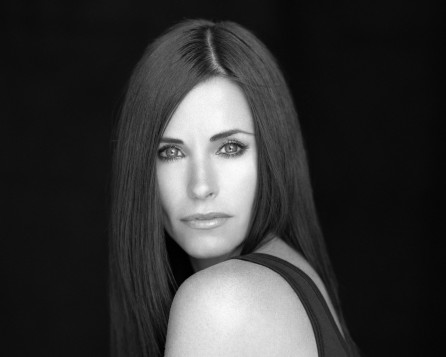 Courteney Cox Wallpaper Black And White Normal Wallpaper