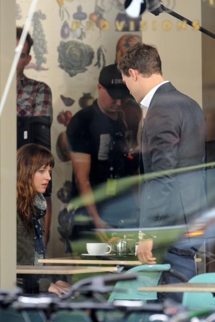 Jamie Dornan Dakota Johnson Shades Set Spl And Jamie Dornan