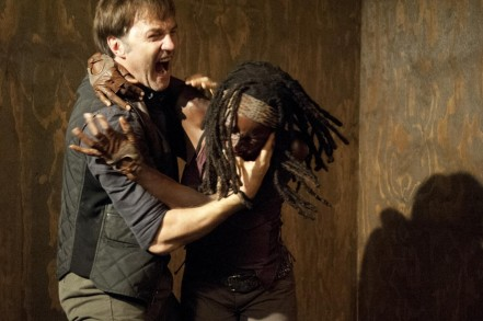 Picture Of David Morrissey And Danai Gurira In The Walking Dead Large Picture