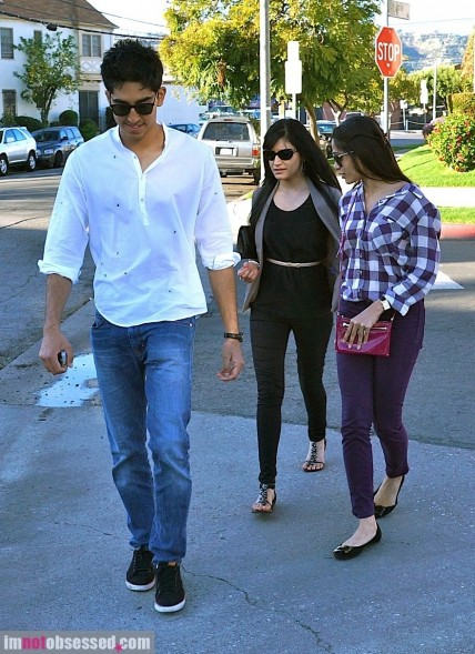 Freida Pinto And Dev Patel Do Lunch At Little Door
