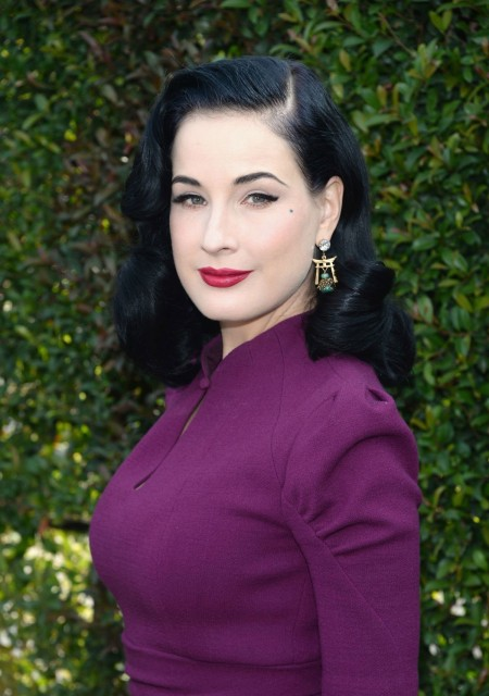 Dita Von Teese At Lovegolds Gold And Glamour Celebration