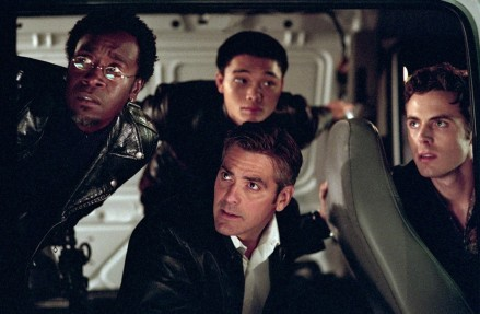 Don Cheadle Shaobo Qin George Clooney Casey Affleck Ocean Eleven Wallpaper
