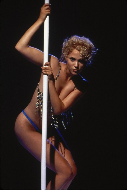 Still Of Elizabeth Berkley In Showgirls Large Picture Elizabeth Berkley