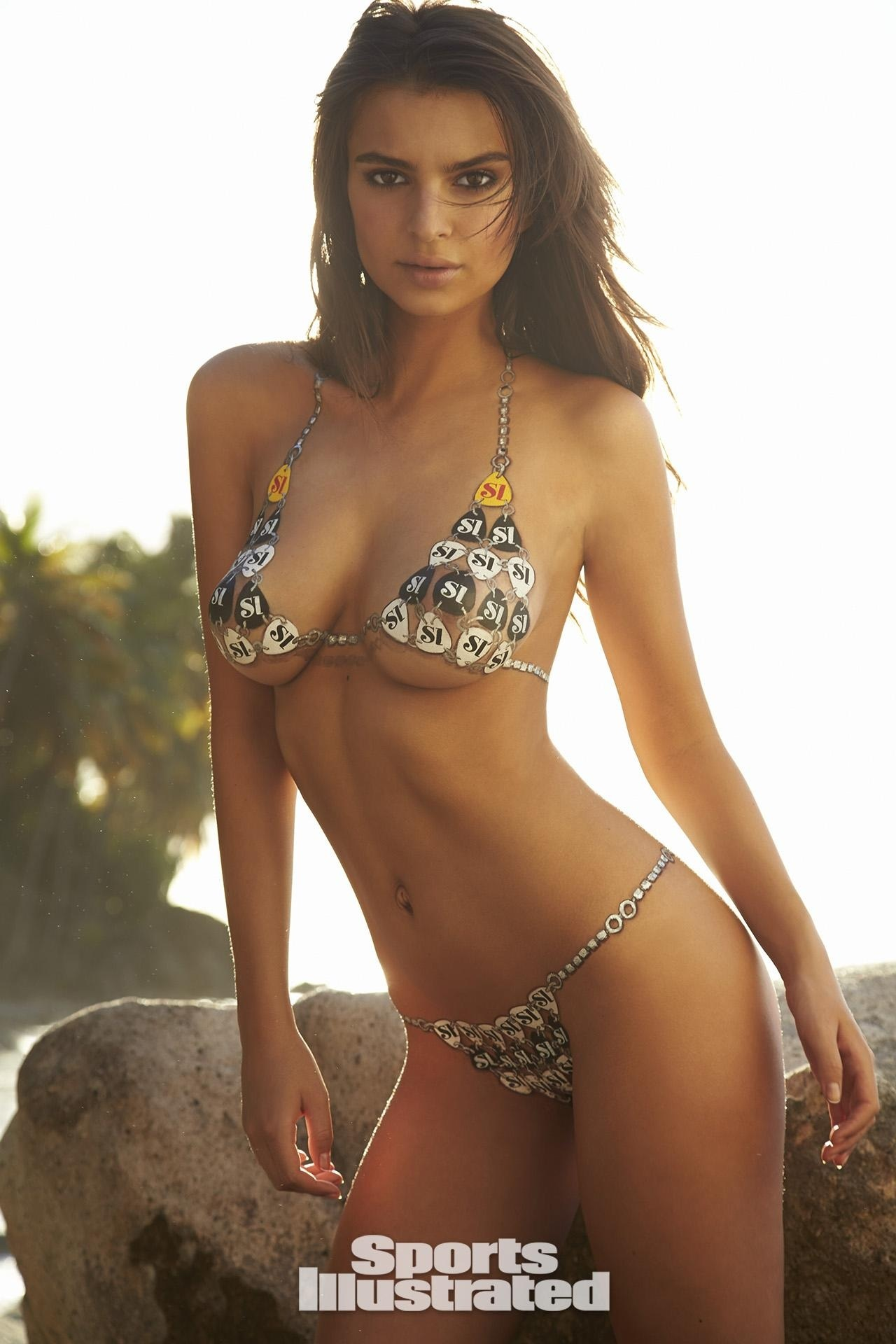 Emily Ratajkowski Bodypaint Sports Illustrated Itok Qjtvzg Emily Ratajkowski