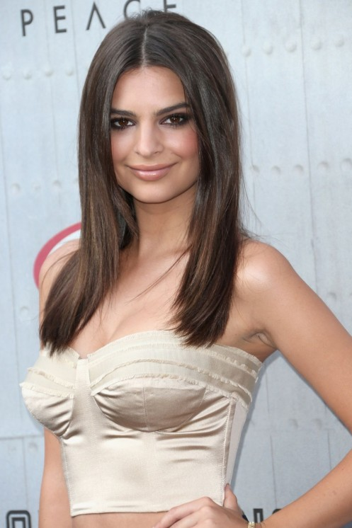 Emily Ratajkowski Guys Choice Fashion