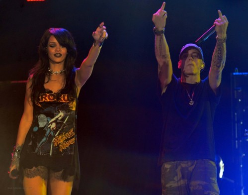 Rihanna Eminem Monster Tour Rose Bowl