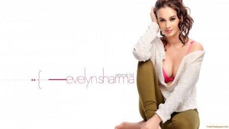 Evelyn Sharma Evelyn Sharma