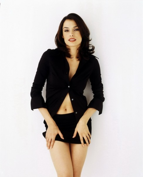 Famkejanssenandrewecclesphotoshoot Famke Janssen