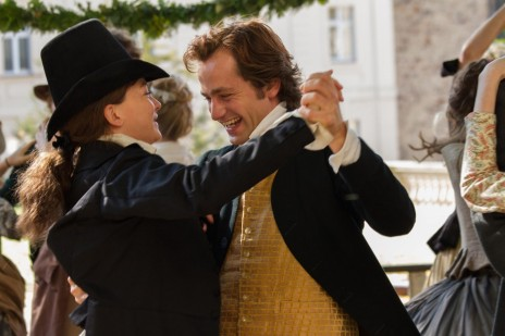 Still Of Hannah Herzsprung And Florian Stetter In Beloved Sisters Large Picture