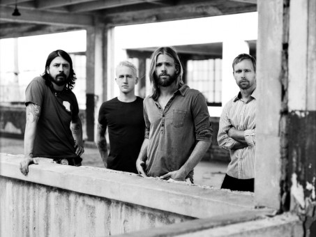 Red Hot Chili Peppers Vs Foo Fighters Foo Fighters