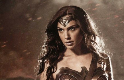Further Proof That Gal Gadot Is Ready To Play Wonder Woman Gal Gadot