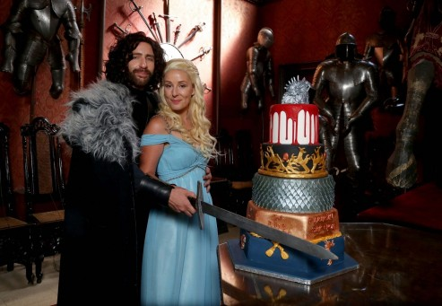 Game Of Thrones Fan Wedding Cake