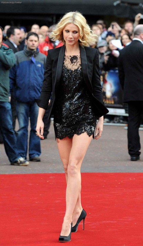 Gwyneth Paltrow Sexy Short Black Dress Iron Man London Gwyneth Paltrow Iron Man Uk Premiere April Sexy