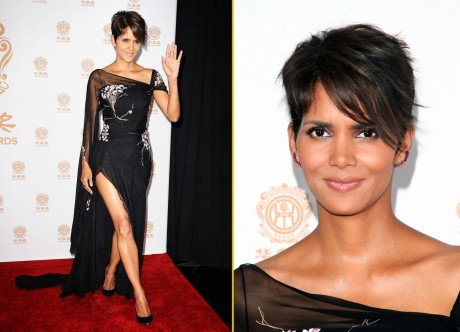 Halle Berry Poses In The Press Room At The Huading Film Awards At The Montalban Halle Berry