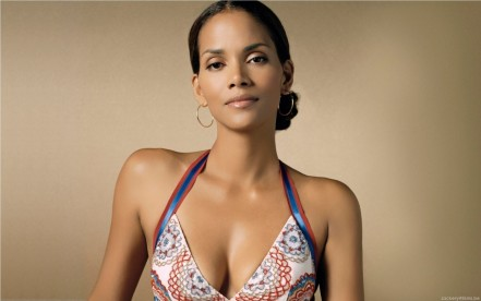 Halle Berry Wallpaper Halle Berry