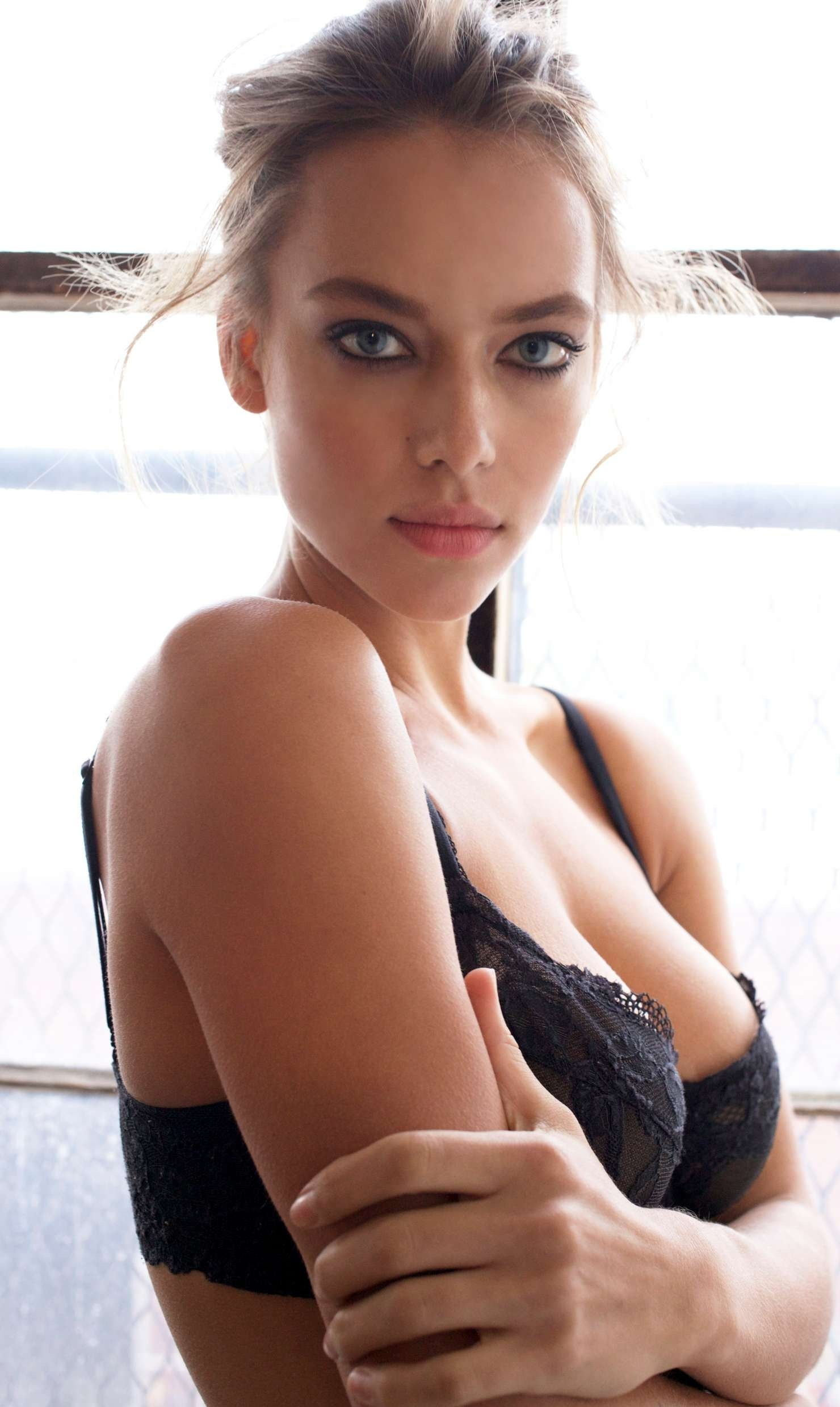 Hannah Ferguson Photoshoot For All My Friends Are Models By Max Pandieck Triumph