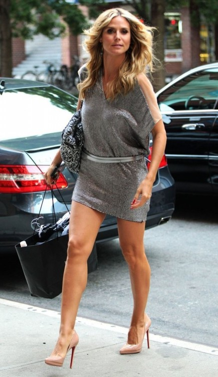 Heidi Klum Leggy Out And About In New York Hot