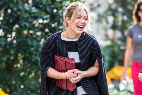 Hilary Duff Babyautocompresscroptopfitcroph Hilary Duff