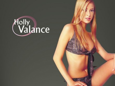 Holly Valance Make You Love Me Wallpaper Normal