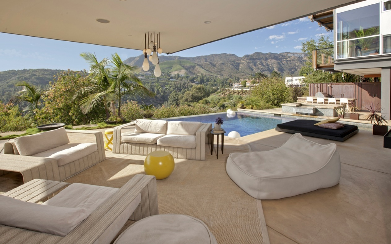 Hollywood Hills Patio