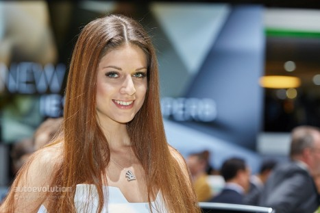 Hot Girls At The Geneva Motor Show Live Photos Hot Girls